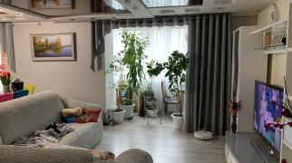 Трехкомнатная квартира в Евпатории по ул Конституции