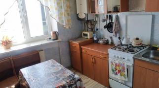 Трёхкомнатная квартира в пригороде Евпатории.
